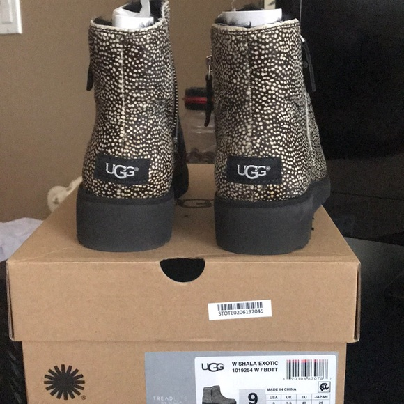 UGG Shoes - BRAND NEW Size 9 SHALA EXOTIC UGGS with shearling